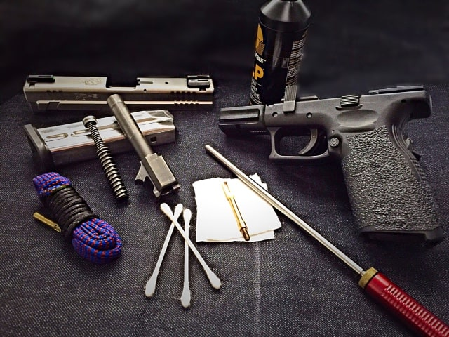 how to use a gun cleaning kit